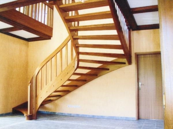 Treppe Mahagoni