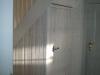 Treppenverschlag mit Brettertür rustikal